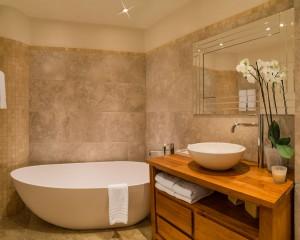 bath2SS-f8-duo